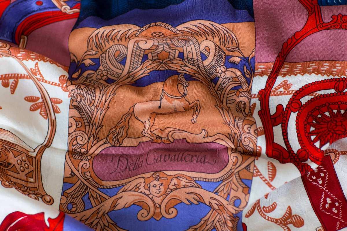 Hermes-shawl-scarf-luxury-fashionblog-cavaleria-d-etriers-1