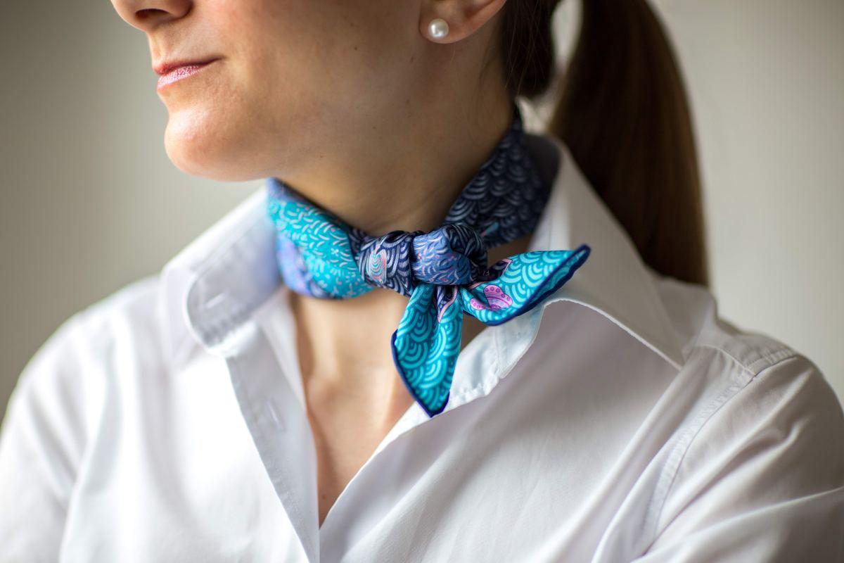Hermes, Bateau Fleuri, pochette, gavroche, little gaucho knot, эрмес, платок, карре, как красиво завязать платок