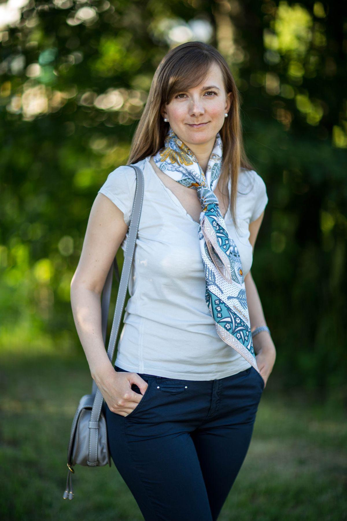 Hermes scarf, Zénobie, Reine de Palmyre, knot, knotting, tutorial, hermes carre, Hermes Schal, эрмес, платок, карре, как красиво завязать платок, how to wear a scarf
