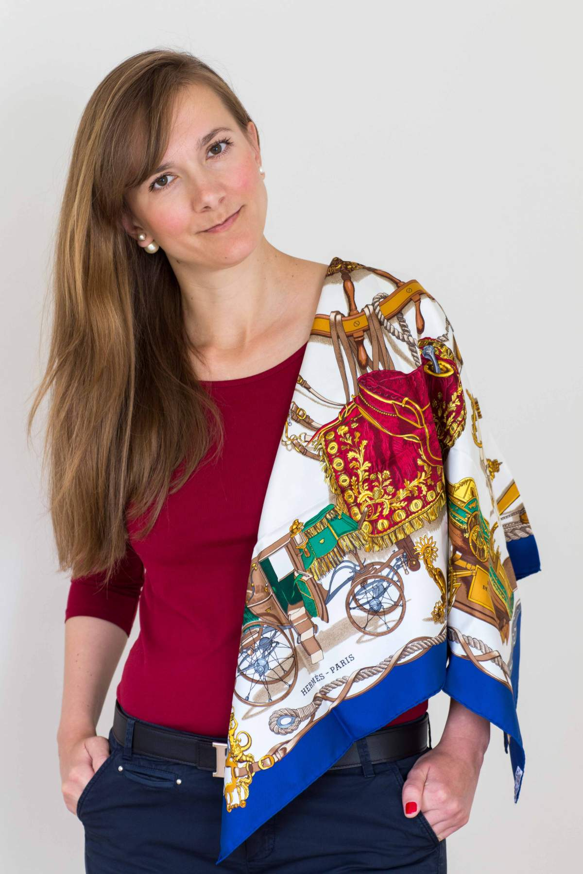 Musee, philippe ledoux, Hermes scarf, carre, knot, knotting, tutorial, hermes carre, Hermes Schal, эрмес, платок, карре, как красиво завязать платок, how to wear a scarf