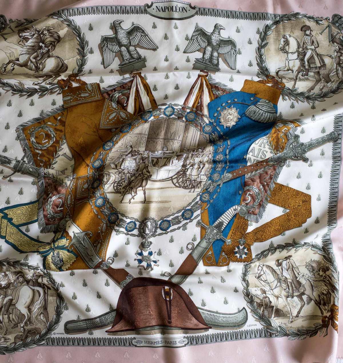 Napoleon, philippe ledoux, Hermes scarf, carre, knot, knotting, tutorial, hermes carre, Hermes Schal, эрмес, платок, карре, как красиво завязать платок, how to wear a scarf