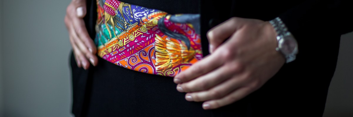 Cavaliers du Caucase, Annie Faivre, grail scarf, Hermes scarf, carre, knot, knotting, tutorial, hermes carre, Hermes Schal, эрмес, платок, карре, как красиво завязать платок, how to wear a scarf, Rolex, datejust