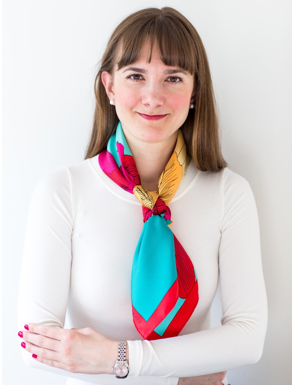 Etude pour un Iris Arc-en-ciel, Hermes scarf, carre, knot, knotting, tutorial, hermes carre, Hermes Schal, эрмес, платок, карре, как красиво завязать платок, how to wear a scarf, rolex date just