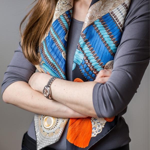 Parures de Samouiras, Aline Honore, Hermes scarf, carre, knot, knotting, tutorial, hermes carre, Hermes Schal, эрмес, платок, карре, как красиво завязать платок, how to wear a scarf, Rolex datejust