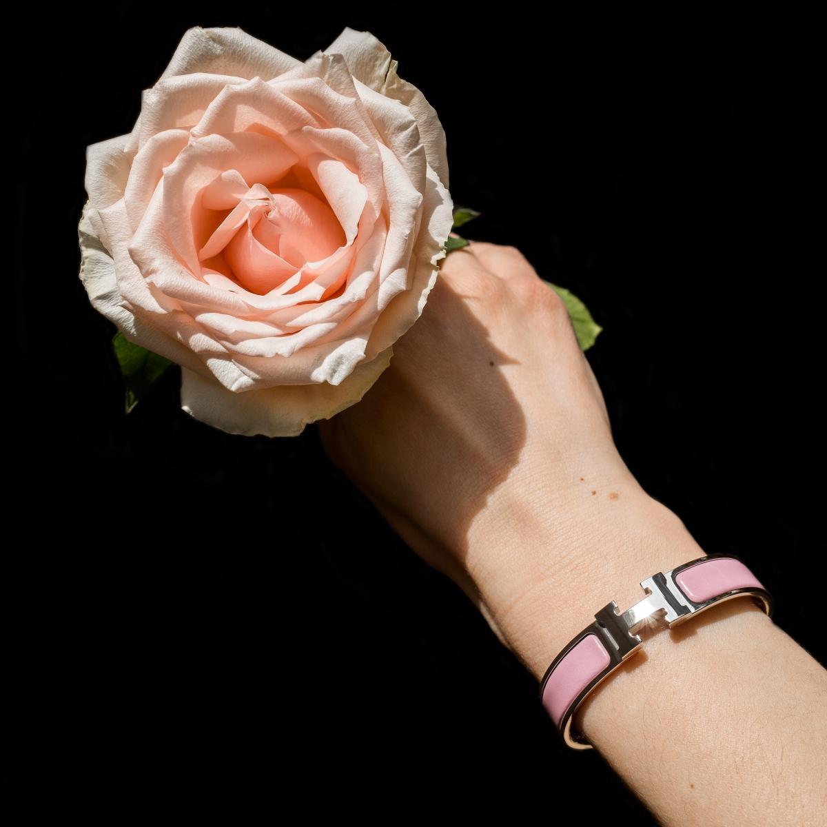 Hermes Clic H, Hermes enamel bracelet, Hermes jewelry, Hermes Clic Clac, rose nacarat