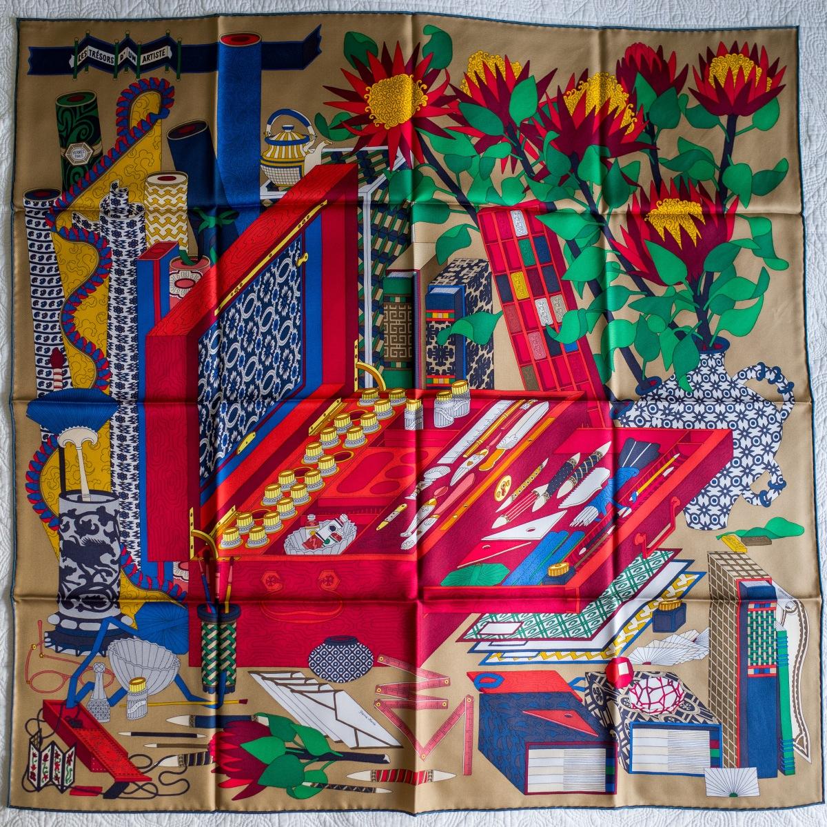 Les trésors d'un Artiste, Les tresors d'un Artiste, Pierre Marie, Hermes scarf, carre, knot, knotting, tutorial, hermes carre, Hermes Schal, эрмес, платок, карре, как красиво завязать платок, how to wear a scarf