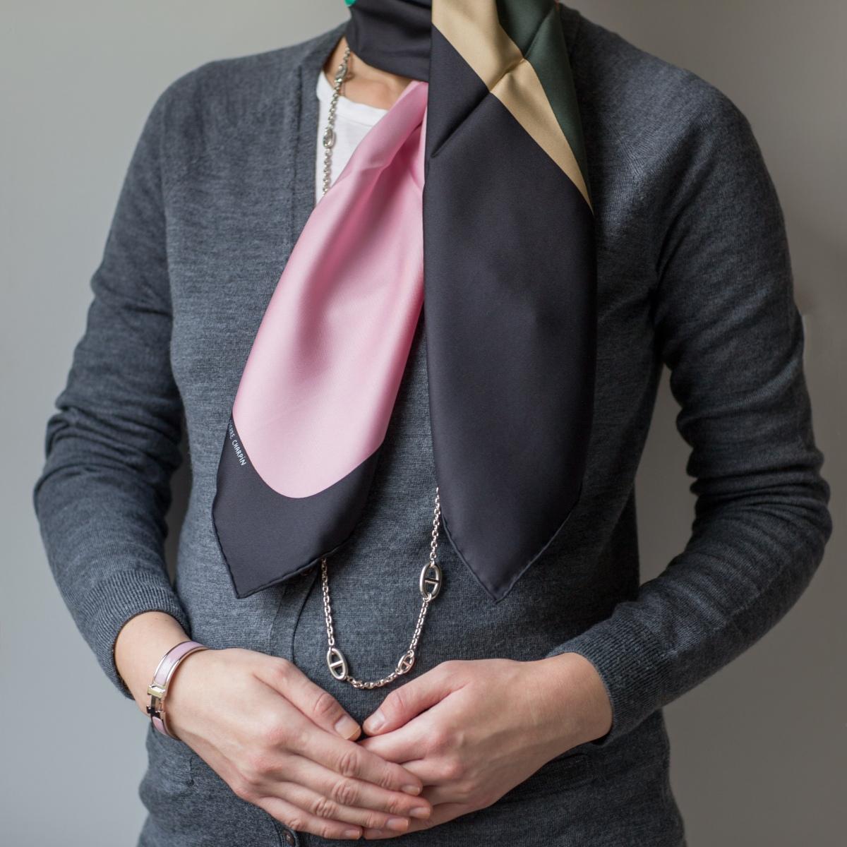 La Serpentine de Pierre Charpin, Pierre Charpin, Hermes scarf, carre, Farandole, necklace, knot, knotting, tutorial, hermes carre, Hermes Schal, эрмес, платок, карре, как красиво завязать платок, how to wear a scarf
